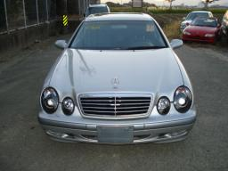 Used Mercedes-Benz CLK320